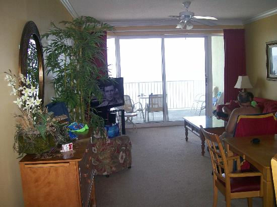 Boardwalk Beach Resort Condominiums: View from kitchen