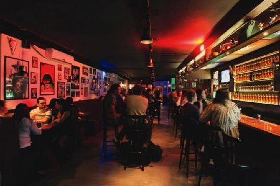 Partisans Pub
