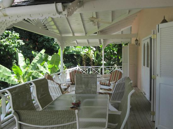 Plantation Beach Villas: Balcony
