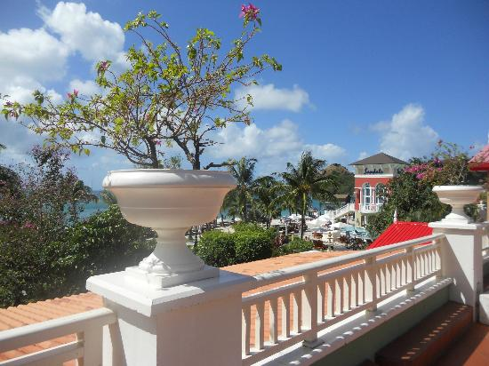 Sandals Grande St. Lucian Spa & Beach Resort: Grounds