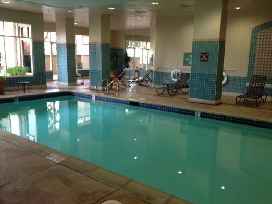Embassy Suites by Hilton Hotel San Rafael - Marin County / Conference Center: pool