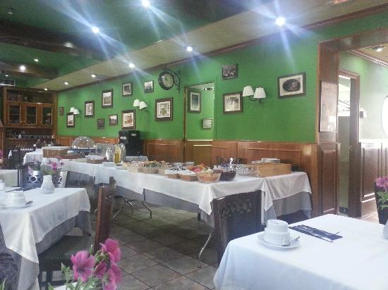 Hotel Jardín de Aranjuez: Comedor desayuno