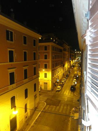 Hotel Domus Praetoria: Via Milazzo