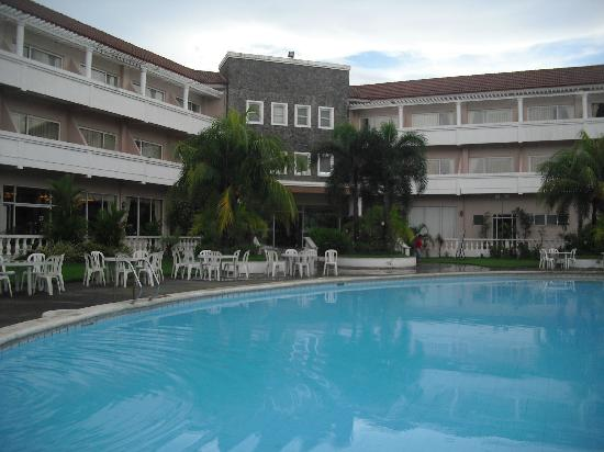 Vista Marina Hotel: Big pool