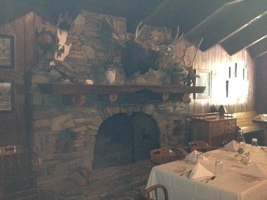 Narrow Gauge Inn: Inside the main dining room.