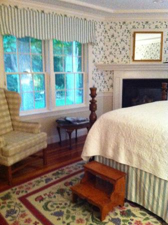 Whalewalk Inn & Spa: Carriage House Room 4