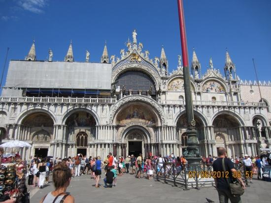 Markusplatz (Piazza San Marco): Church in Piazza San Marco