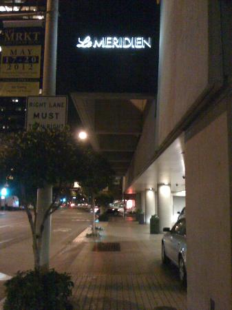 Le Meridien San Francisco: outside at night
