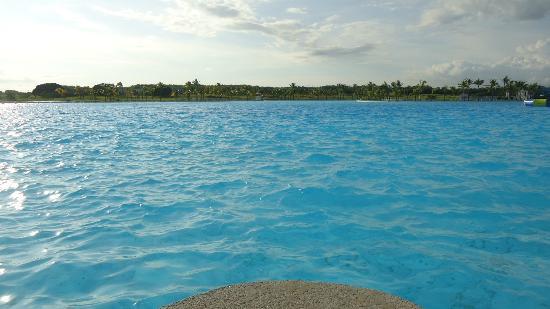Hotel Playa Blanca Beach Resort: La piscina que tanto promocionan, muy bonita