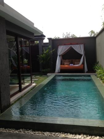Seminyak Icon: pool area