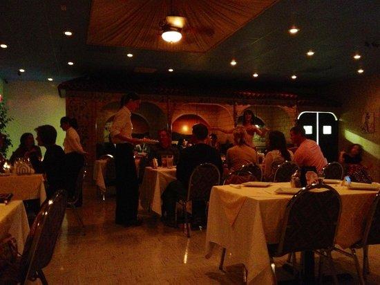 Anna's Greek Restaurant: Cute inside of Anna's