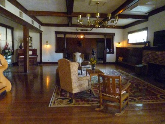 Elkhorn Lodge and Guest Ranch: great hall