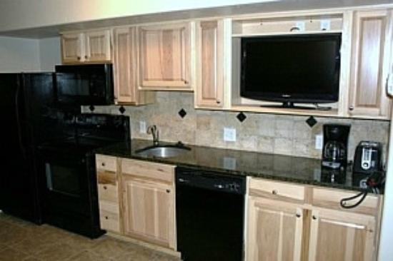 Complete Kitchens With Granite Countertops Tumbled Marble