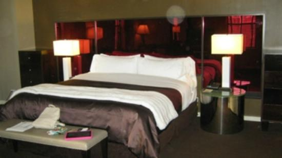 The Court – A St Giles Hotel: Bedroom