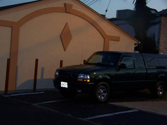 Passport Inn: bigger trucks park here