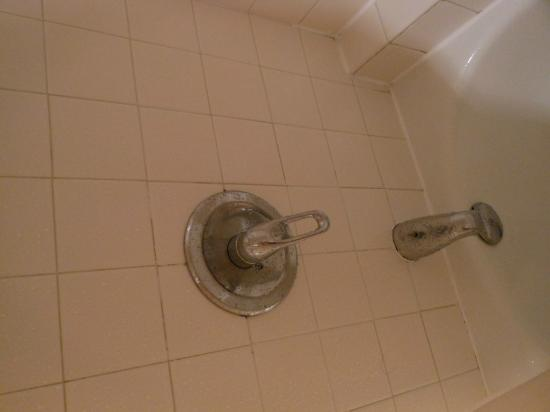 HYATT house Cypress/Anaheim: Killer Faucet that can scald you if you bump it the wrong way