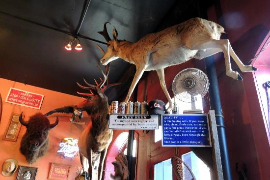 Handlebars Restaurant & Saloon: Buffalo, Elk and Pronghorn.....