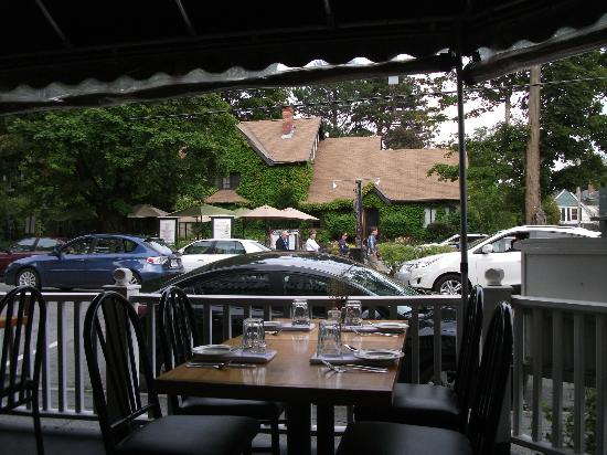 Guinness and Porcelli's : Terrasse couverte