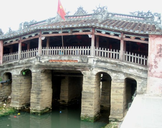 Asiana Travel Mate - Private Day Tours : Famous Bridge in Hoi An