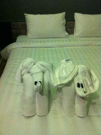 Bangkok Venice Suite: Greeted by Elephant Towels