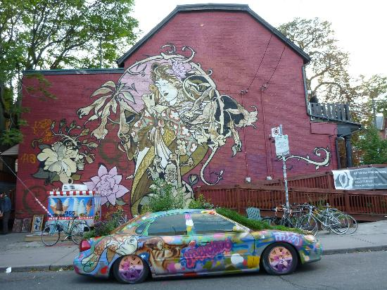 Kensington Market and Spadina Avenue: Popular spot
