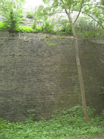 Fort Snelling State Park: Anothert Wall