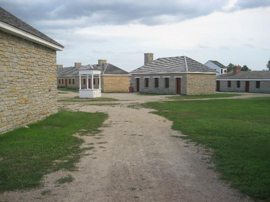 Fort Snelling State Park: Buildings In The Fort