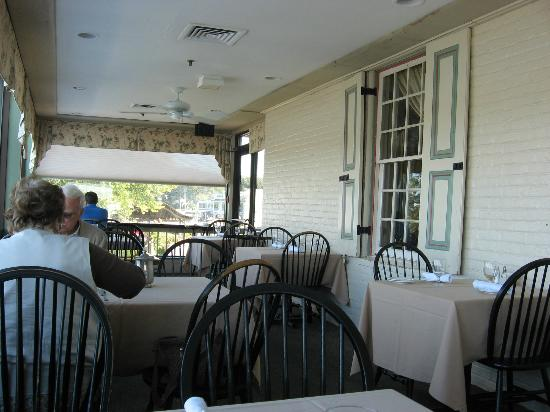 Bayard House Restaurant: Porch