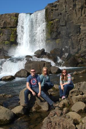 Thingvellir National Park: Hanging at the Oxacara waterfall.