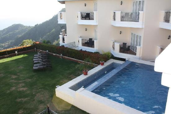 The Lake Hotel Tagaytay: pool
