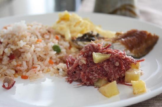 The Lake Hotel Tagaytay: pinoy bfast