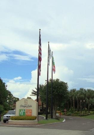 Holiday Inn Club Vacations At Orange Lake Resort: Hotel Entrance