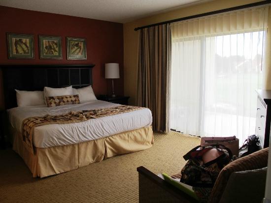Holiday Inn Club Vacations Orlando - Orange Lake Resort: Master Bedroom