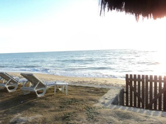 Arraial Praia Hotel Pousada: vista de la playa 