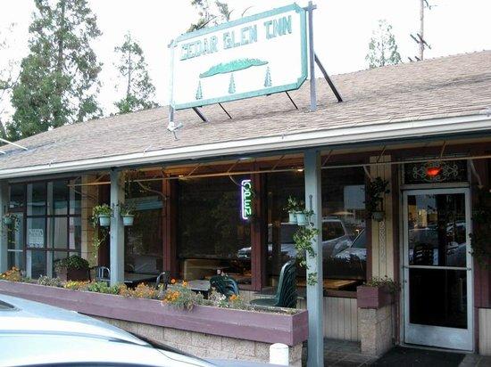 Cedar Glen INN
