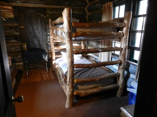 Grand Canyon Lodge - North Rim: Bunk beds - Pioneer Cabin