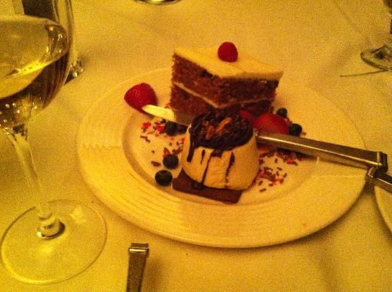 Geneva ChopHouse: Turtle cheesecake and carrot cake