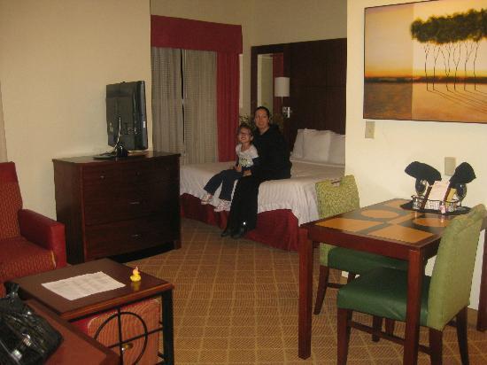 Residence Inn Philadelphia Langhorne: Our daughter's room