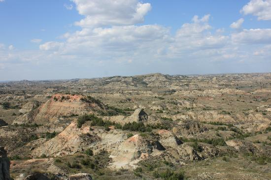 Painted Canyon Overlook: panorama dal parcheggio
