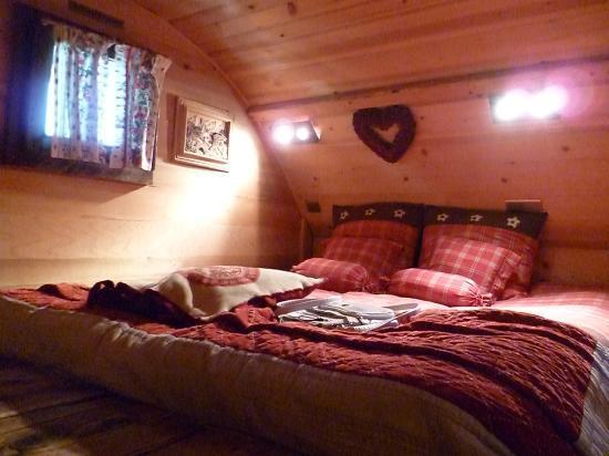 Les Chalets de Philippe: bedroom