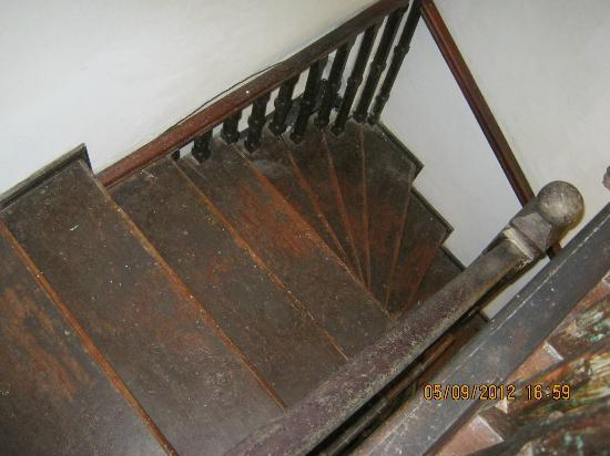 Mama's Galle Fort: The stairs at Mama's