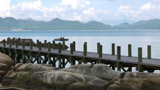 L'Alyana Villas Ninh Van Bay: Blick auf den Bootsanleger