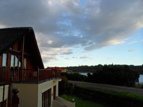 Cloverleigh Guest House: View from family dinning/ braai area