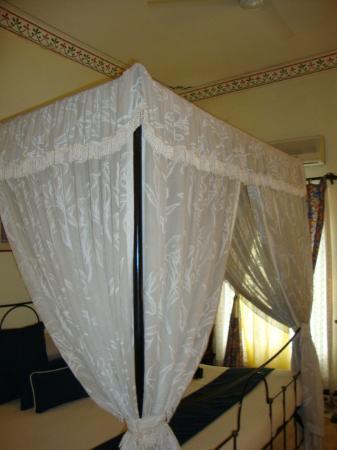 Hotel Udai Kothi: room