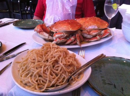 Crustacean: An's Famous Garlic Noodles - anything but plain!