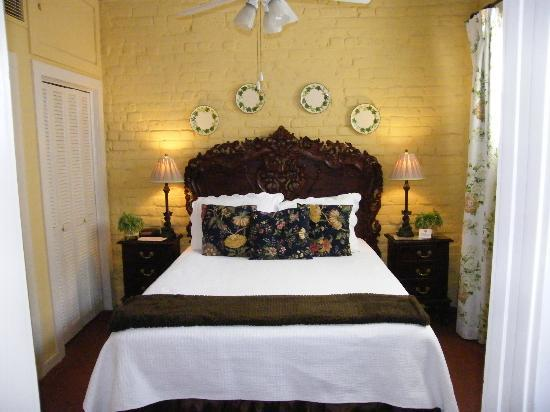 Savannah Bed & Breakfast Inn: Ivy Cottage