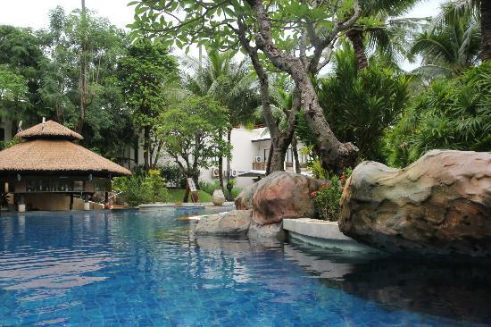 Horizon Karon Beach Resort & Spa: Amazing swimpool