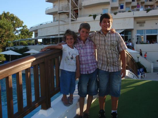Louis Creta Princess Beach Hotel: ΓΕΦΥΡΑ ΞΕΝΕΔΟΧΕΙΟΥ