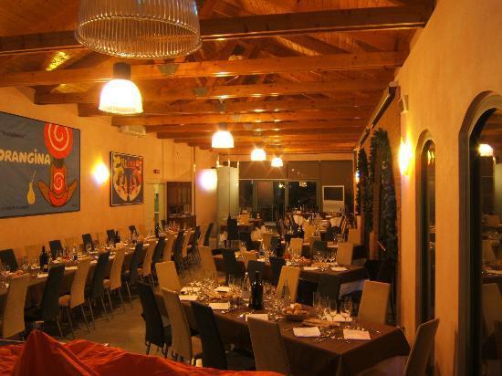 La Ferte Restaurant and Suites: salone per le feste