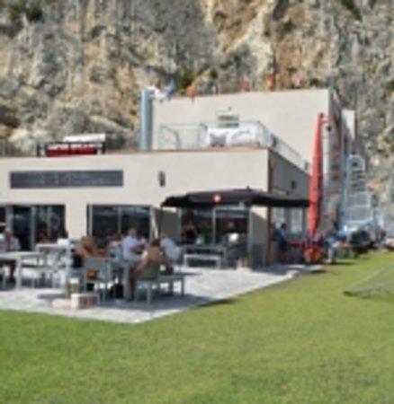 Univela Beach Restaurant & Coffee